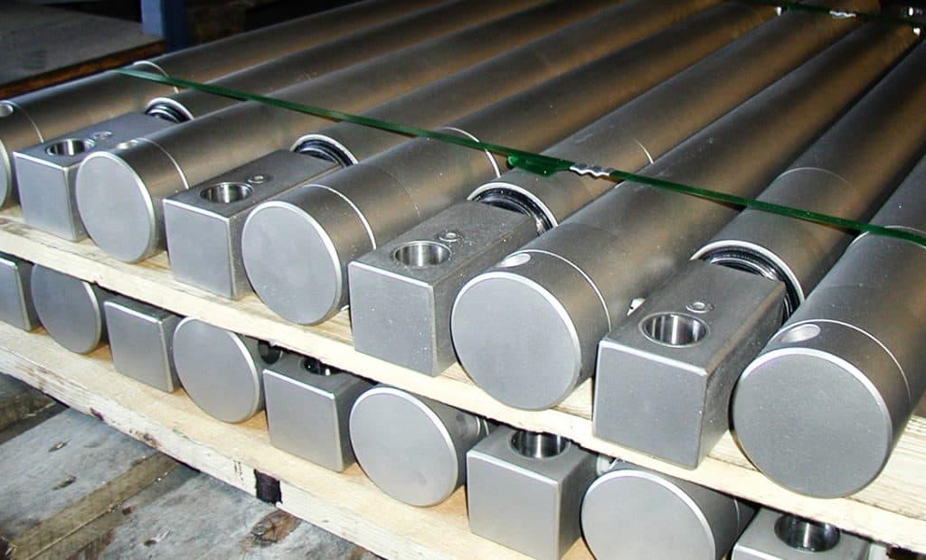 Dobbeltvirkende hydraulikcylinder - produkt - Jymika