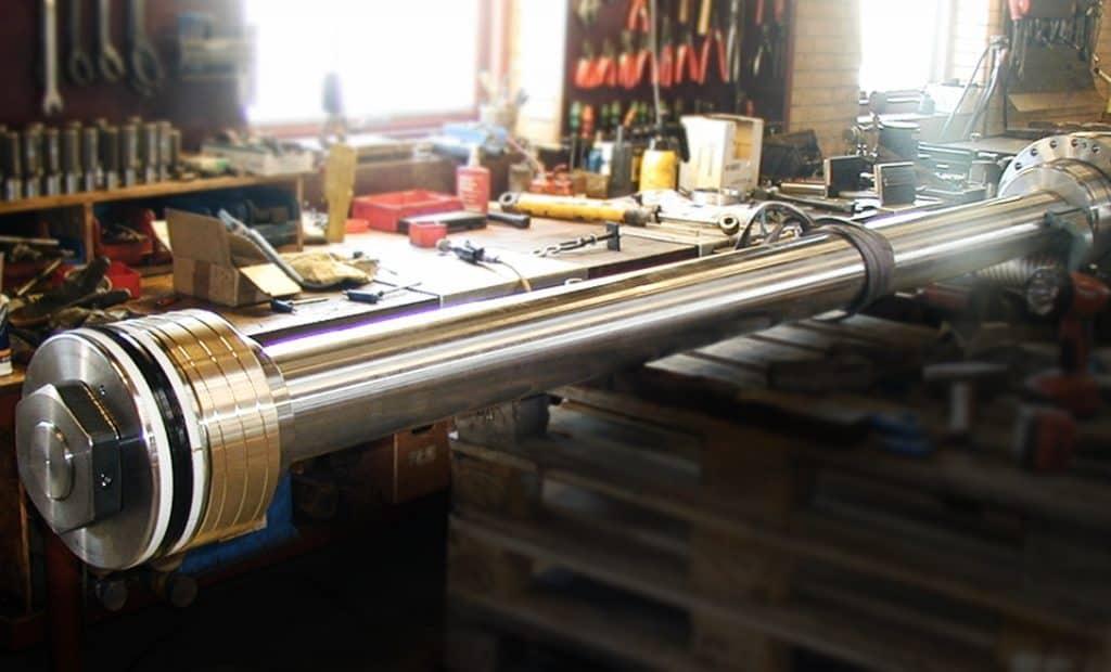 Forkromning af stempelstænger - store reparationer - jymika